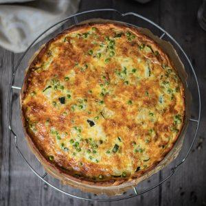 Pikanter Zucchini-Kuchen vegetarisch