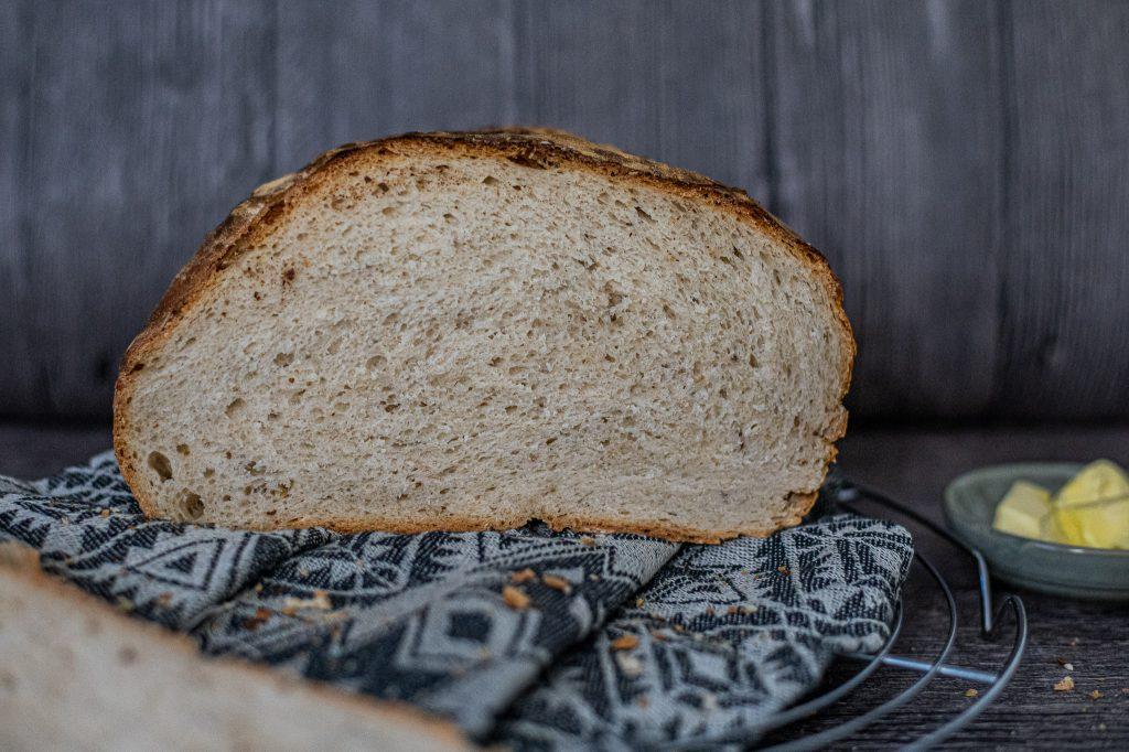Knuspriges Weizenbrot Weißbrot